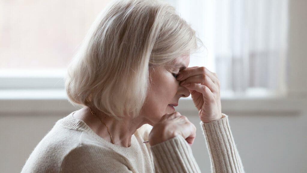 Kopfschmerzen können ein Symptom von einem Glaukomanfall sein - Grüner Star