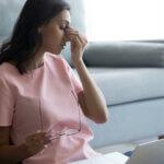 Augenzucken - mögliche Ursachen für zuckende Augenlider
